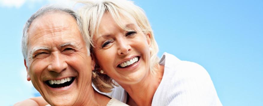 implante-dentario-na-terceira-idade-pode